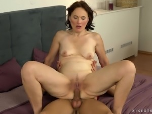 Alice Sharp is a cock craving mature woman ready to be plowed