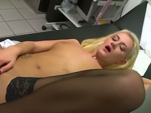 Spoiled big breasted blonde cowgirl Gabriella Daniels takes double penetration