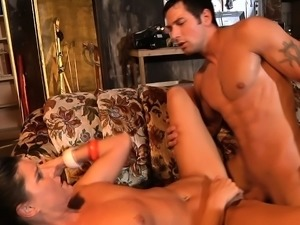 Real Amateur MILF double orgasm fucked and takes cumshot