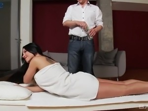 Ardent girl lures her own BF with her sexy look as she wanna some anal