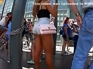 Candid Sexiest Teen Ever in Short Shorts
