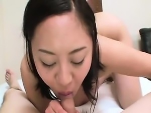 Hot japanese babe getting her hairy