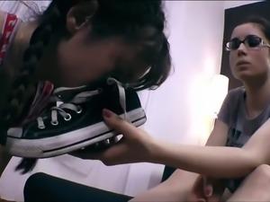 lesbian slave worshiping shoes, socks and feet!2.mp4