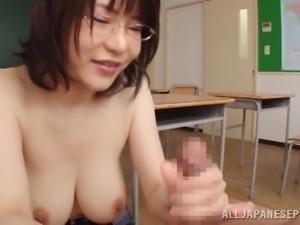 Busty Japanese milf kane Mizuki gets fucked in a classroom