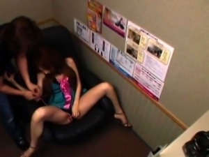 Asian public flashing then dealing 10-pounder like a floozy