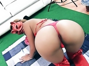Bubble Butt Latina Has Huge Tits and Shaved Cameltoe Getting