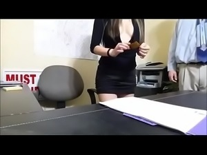 Asian Fucks Her Boss 999cams.net