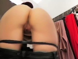 Horny camgirl pulls her pants down and fists her tight ass