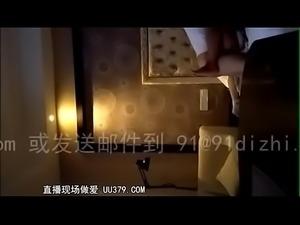 37901-93年少妇 裸聊直播 UU379.COM