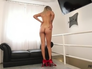 Awesome tall Tgirl Bella Bellatrix takes BBC right into her hungry asshole