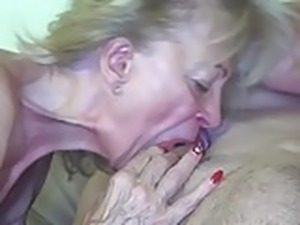 Granny fucked by the painter