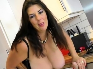 European housewife Lulu with huge natural boobs