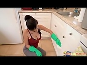 Dirty Latin Maid Michelle Martinez Cleaning In Tight Ass Pants