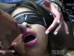 A blindfolded girl likes cum but wants to save her anonymity and greedily...