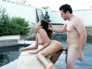 Shavelle Love felling wet and wild for hard dick