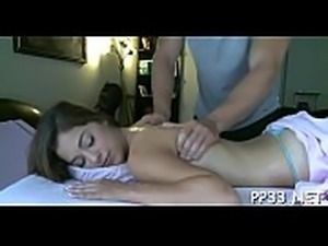 Breathtaking beauty gets her pussy pounded untill sated