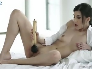 Ardent Turkish GF causes her BF to wake up as she wanna be fucked