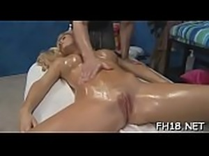 Gir gets an gazoo massage then fucks her therapist