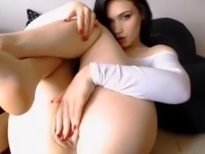 Pale brunette nice big ass chubby cameltoe pussy lips