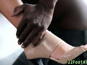 Cuties lovely feet spunky