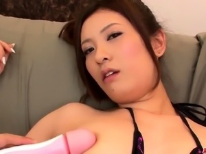 Yui Kasuga amazes with her cock sucking  - More at