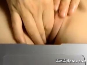 Clitoris massage