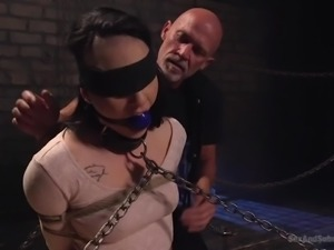 Submissive sexy hottie Rachael Madori deserves to be tied up and analfucked