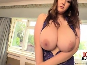 Natural tits pornstar sex and cumshot