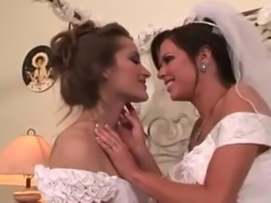 Lesbian wedding. Veronica Avluv and Dani Daniels married.