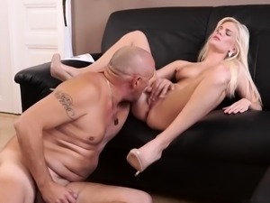 Old man swallow first time Horny blondie wants to attempt so