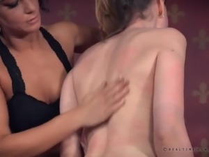 Submissive skinny bitch with small tits Sierra Cirque gets crucified