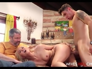 Blonde MILF Stepmom Aaliyah Love Caught Cheating By Husband
