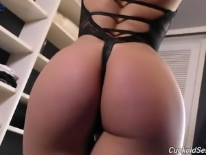 Cuckold watches the way his GF Abella Danger works on massive black cocks