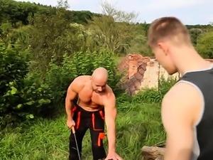 Gal pie gets anal screwed by two bi sexual males