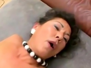 German MILF creampie and facial