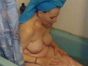 Surprise wife in the tub