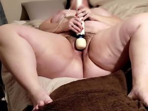 Mature Masturbating to Orgasm