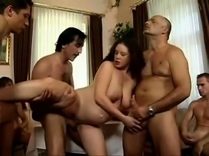 Amy Brooke Gangbang group sex