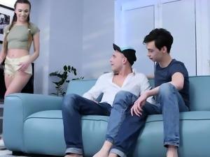 Boyfriend sucking cock while pounding Veronica twat