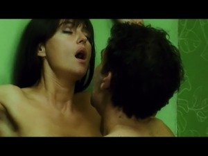 Monica Bellucci SEX - Shot 'Em up