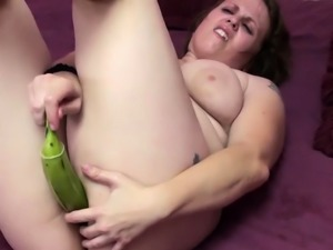 Chubby housewife Alexsis Sweet is using some huge bananas