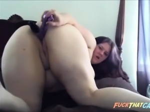 Ugly fat chick Double penetrates herself with toys