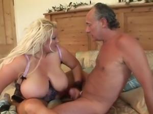 18feb19 mature sex