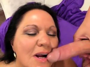 Mature Leylani Wood Bounces on Hard Cock